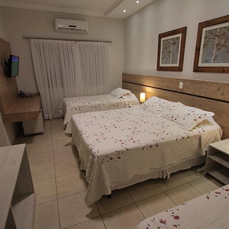 Quarto Luxo Família da Pousada Surucuá em Bonito MS